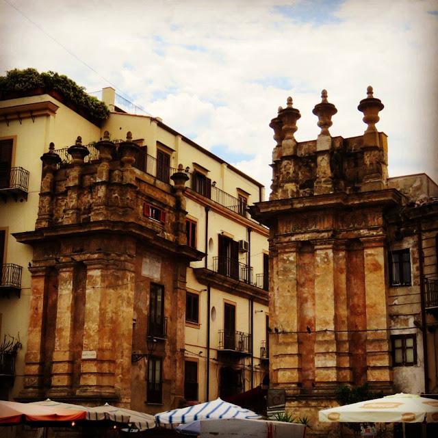 Streat Palermo Tour Sicily - gates to Mercato del Capo