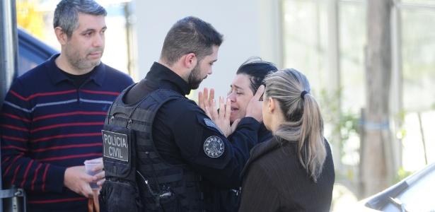 Policial é morto com tiro na cabeça ao cumprir mandado de prisão. E a esposa atuava na mesma operação