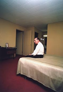William Eggleston, Hotel Bed