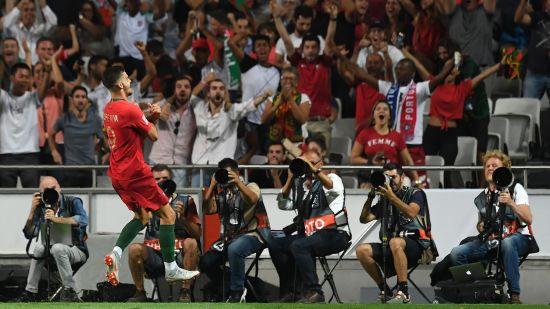 UEFA Nations League : Andre Silva Celebrates His goal against Italy
