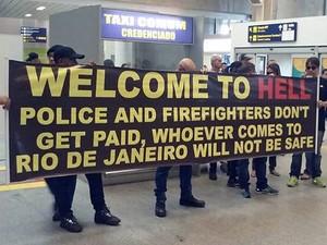 'Bem-vindo ao inferno' – Policiais avisam turistas no aeroporto do Galeão, RIO