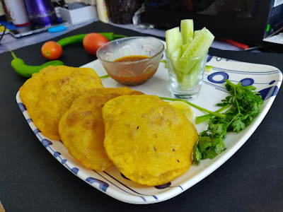 how to make aloo puri recipe