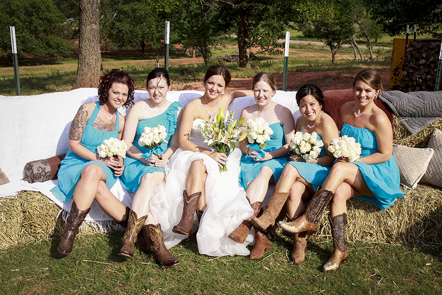 Bride-In-Dream: Outdoor Country Wedding Theme