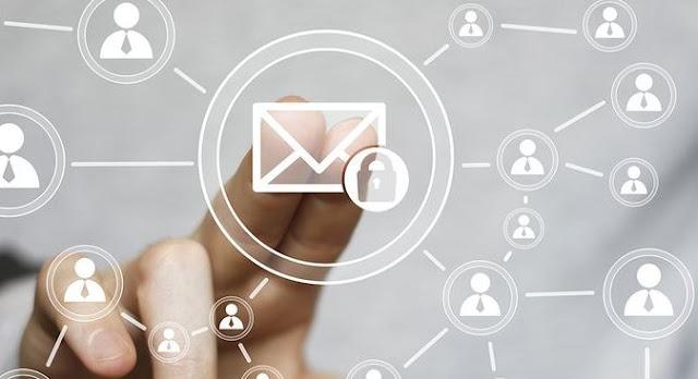 Mengenai Istilah Surel dan Email