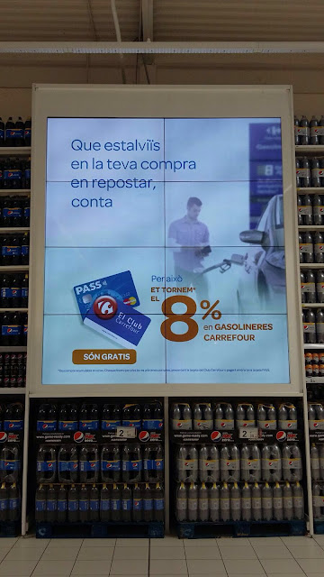Carrefour Videowall