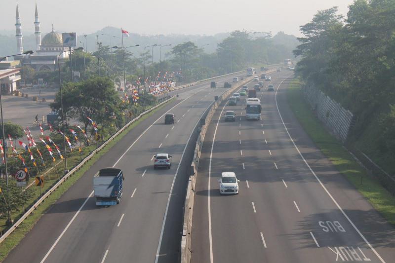 Tol Cipularang Tak Jadi Alami Kenaikan Tarif, Berkat Ridwan Kamil Protes?