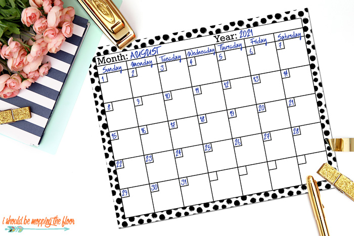 Black and White Pattern Calendar