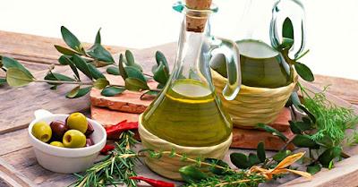 أهم فوائد زيت الزيتون للشعر والبشرة والصحة