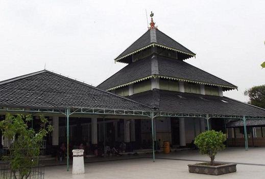 Rumah Joglo Tajuk
