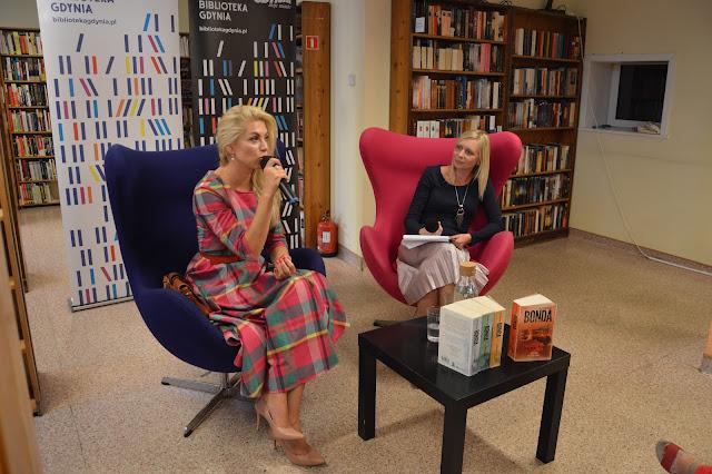 Moje spotkanie z Katarzyną Bondą w Bibliotece Gdynia