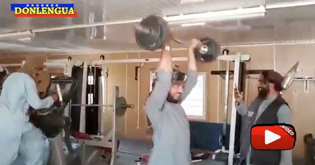 ESCORIA | Grupo de Talibanes ven un gimnasio imperialista por primera vez en su vida