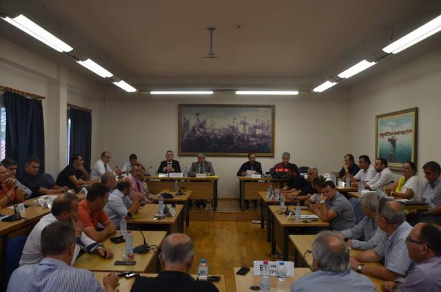 Πρέβεζα: Eνημέρωση για καίρια θέματα που αφορούν τη λειτουργία της πόλης στο Δημοτικό Συμβούλιο Πρέβεζας