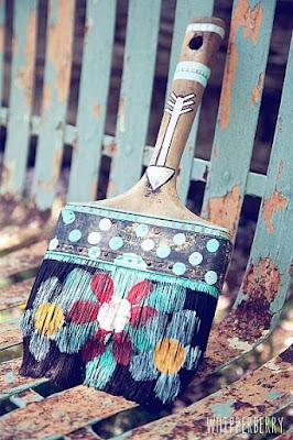 24 coisas lindas e incríveis para fazer com pinceis velhos