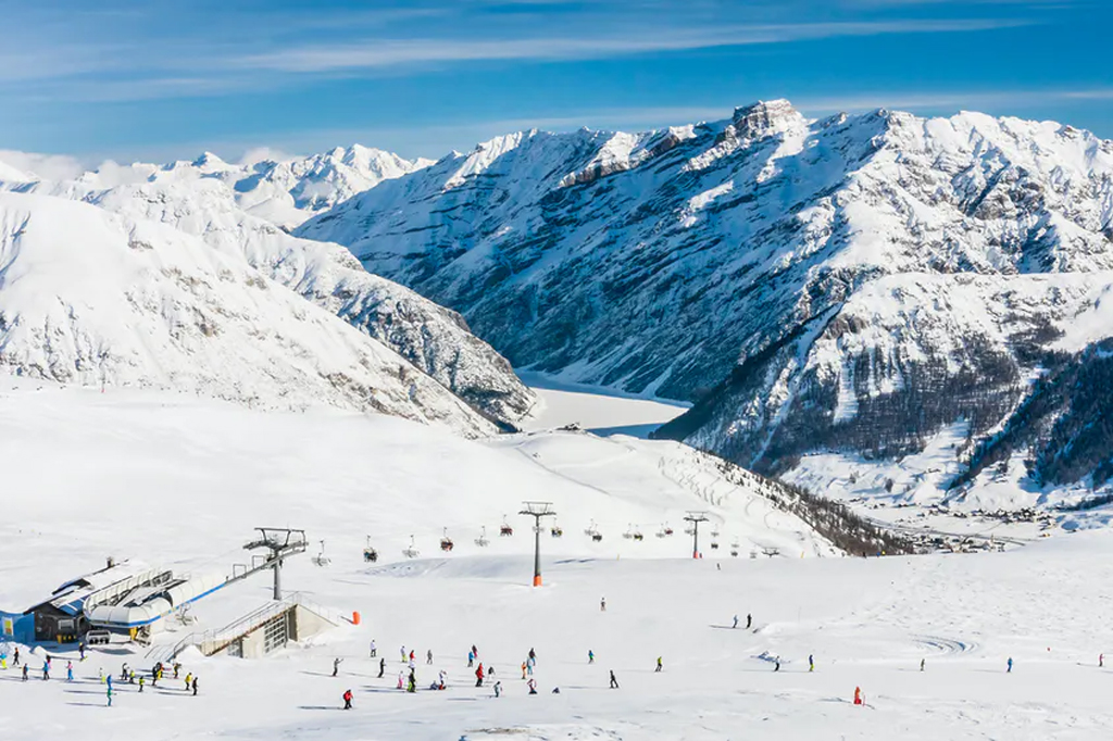 9 Crowd-Free Ski Resorts in Europe to Plan a Trip