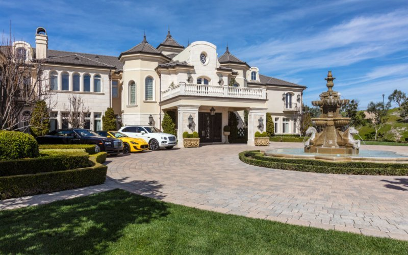 14 000 Square Foot French Inspired Mansion In Thousand