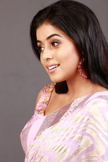 Actress Poorna Latest Hot Stunning Pics In Saree Actress Trend