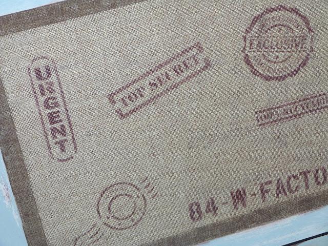 caja-madera-estarcidos-arpillera