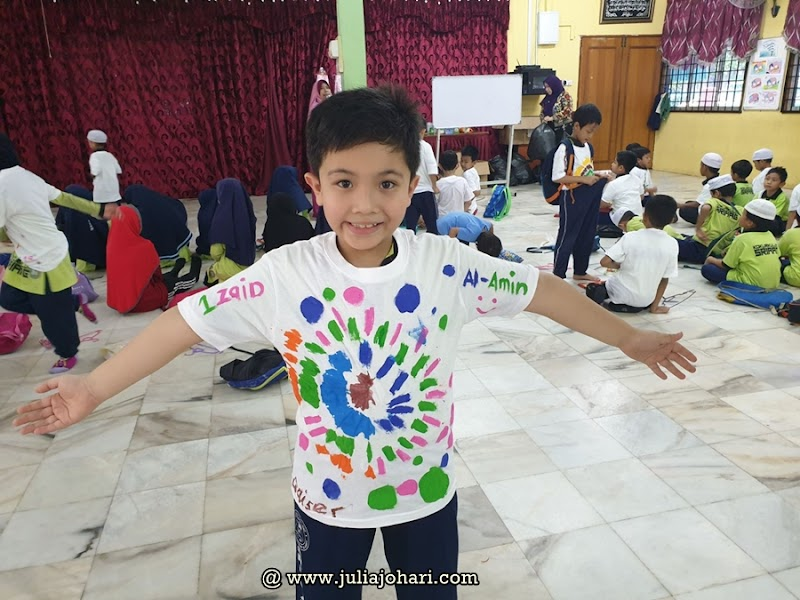 Seharian belajar mengenal potensi anak di sekolah