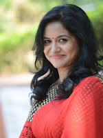Singer Sunitha Stills-cover-photo