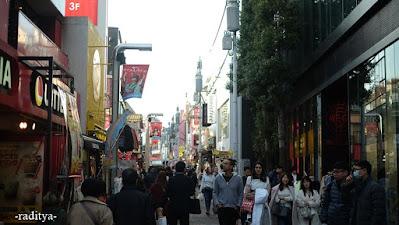 travelling takeshita street harajuku tokyo