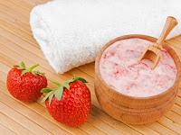 Manfaat Strawberry yang Luar Biasa Untuk Rambut