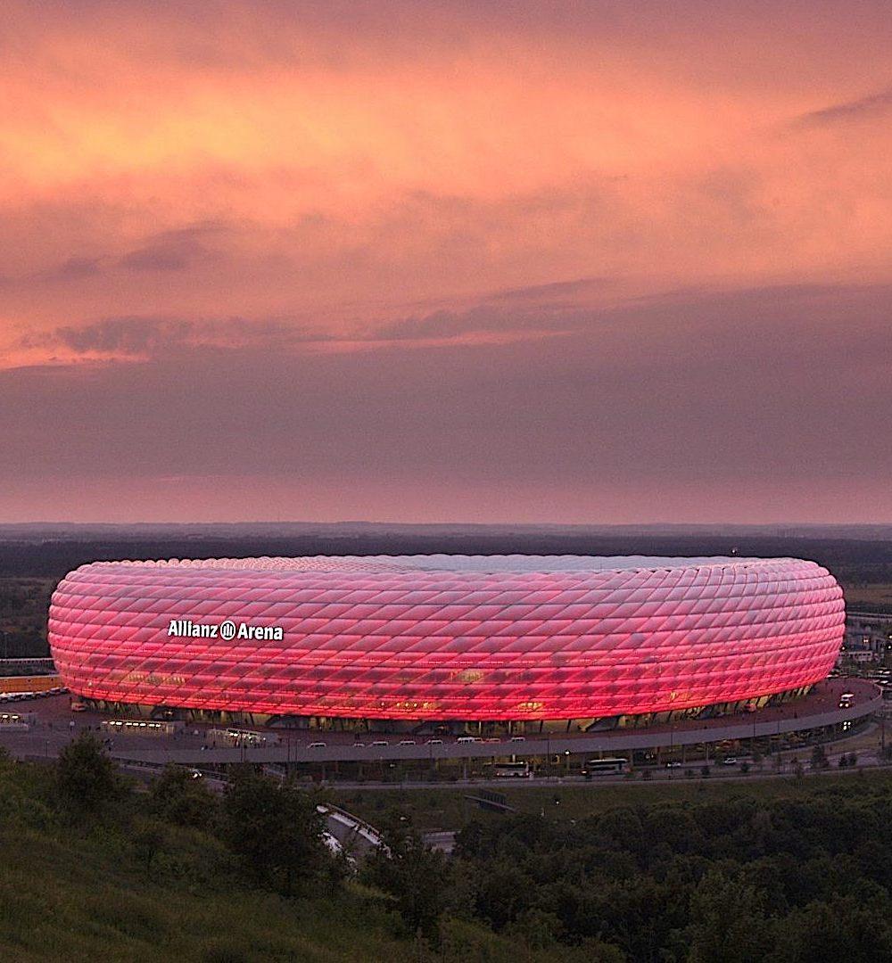 the Allianz Arena in Munich at night