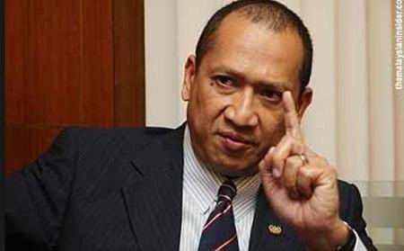 """""""Menteri Sarawak Baru Setahun Jagung, Jangan Tunjuk Samseng"""" - 'Sound' Nazri Aziz"""