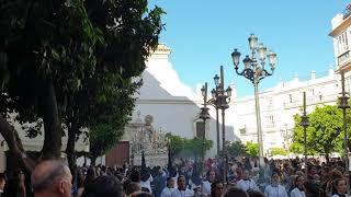 María Santísima de los Desamparados por la Plaza San Francisco. Semana Santa de Cádiz 2019