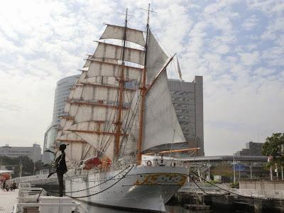 帆船日本丸