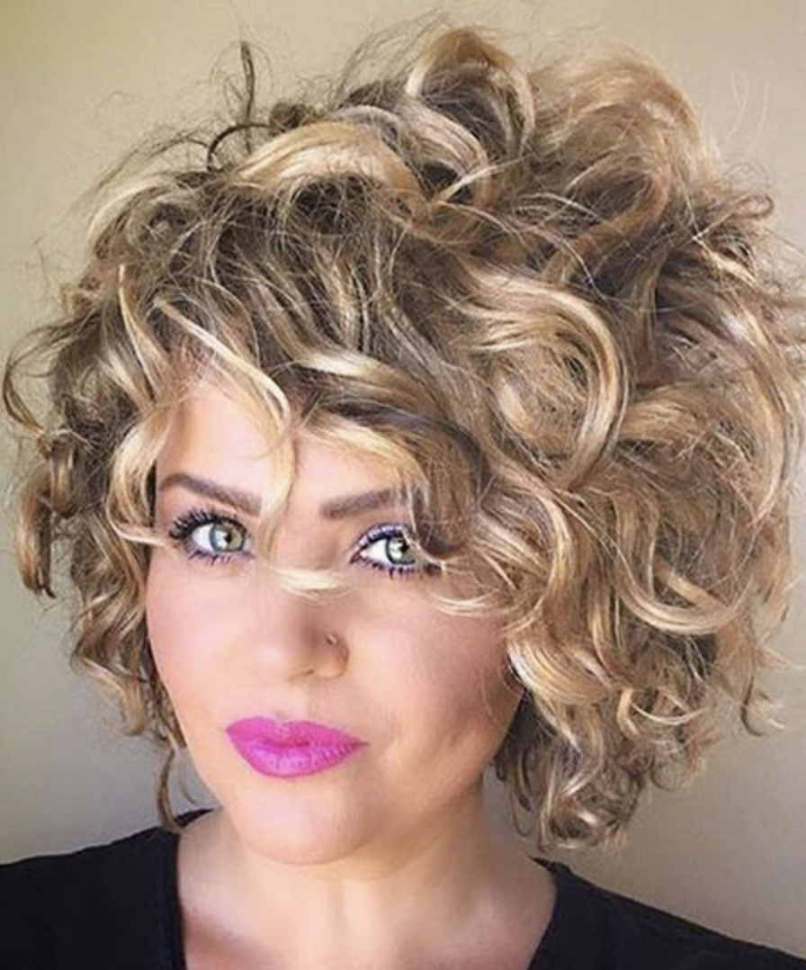 17+ Short Curly Hairstyles for Women ...