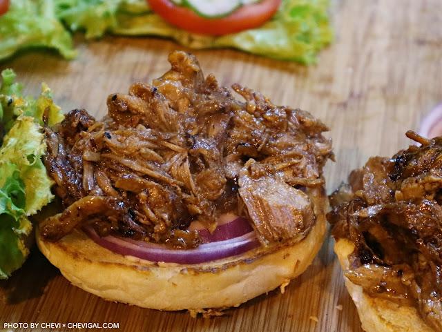 IMG 3476 - 台中全區│吃尛美式手作漢堡。今天你想吃哪種漢堡?漢堡肉竟然都噴出鮮美肉汁啦!