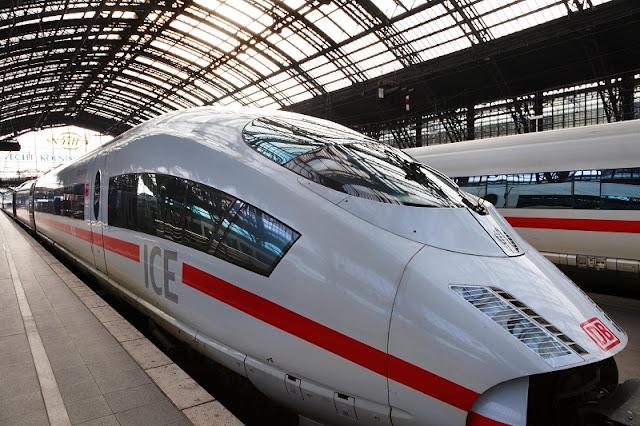 Trem de Berlim a Frankfurt