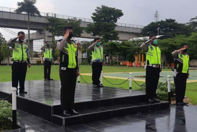 Ditengah pandemik Corona, Kapolda Sumsel PERGOKI 6 Oknum Anggota Satlantas Polrestabes Palembang Sedang...