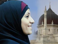 Keindahan Akhlak Islam Menuntunnya Menjadi Muslim