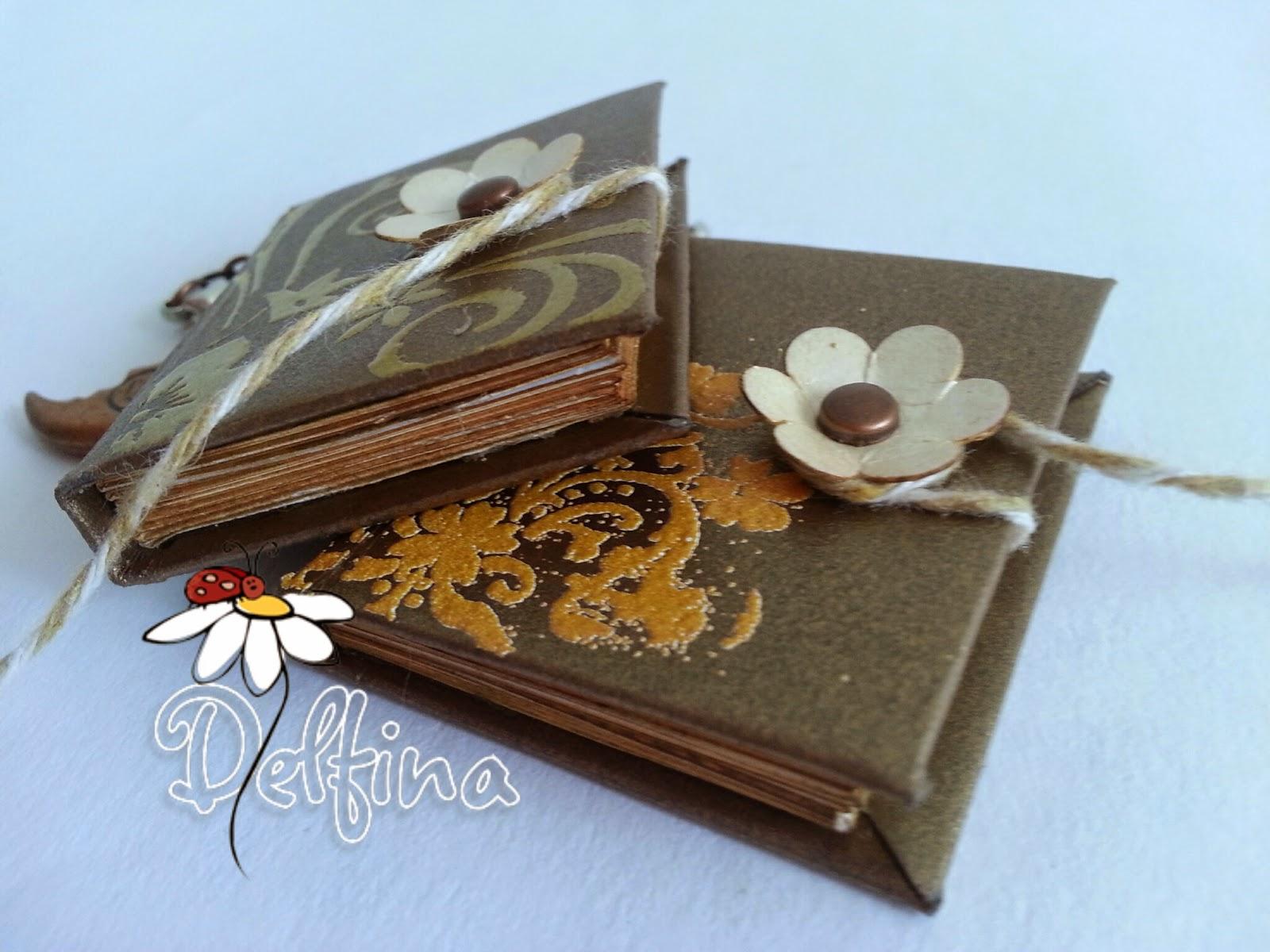 Delfina scrapbook y m s mini libro para colgante o - Como hacer un libro hueco ...