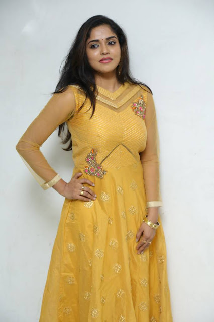 Tollywood Actress Karunya Chowdary Latest Hot Photoshoot Pics Navel Queens