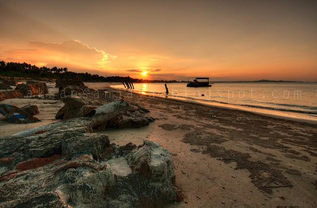 Foto Pantai Rambak di saat Sunset