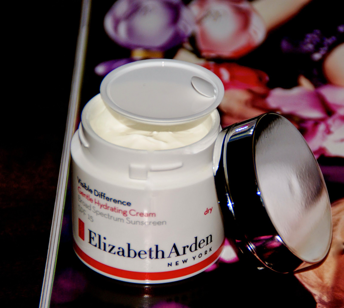 Elizabeth Arden New York , Visible Difference Gentle Hydrating Cream, SPF15 skincare