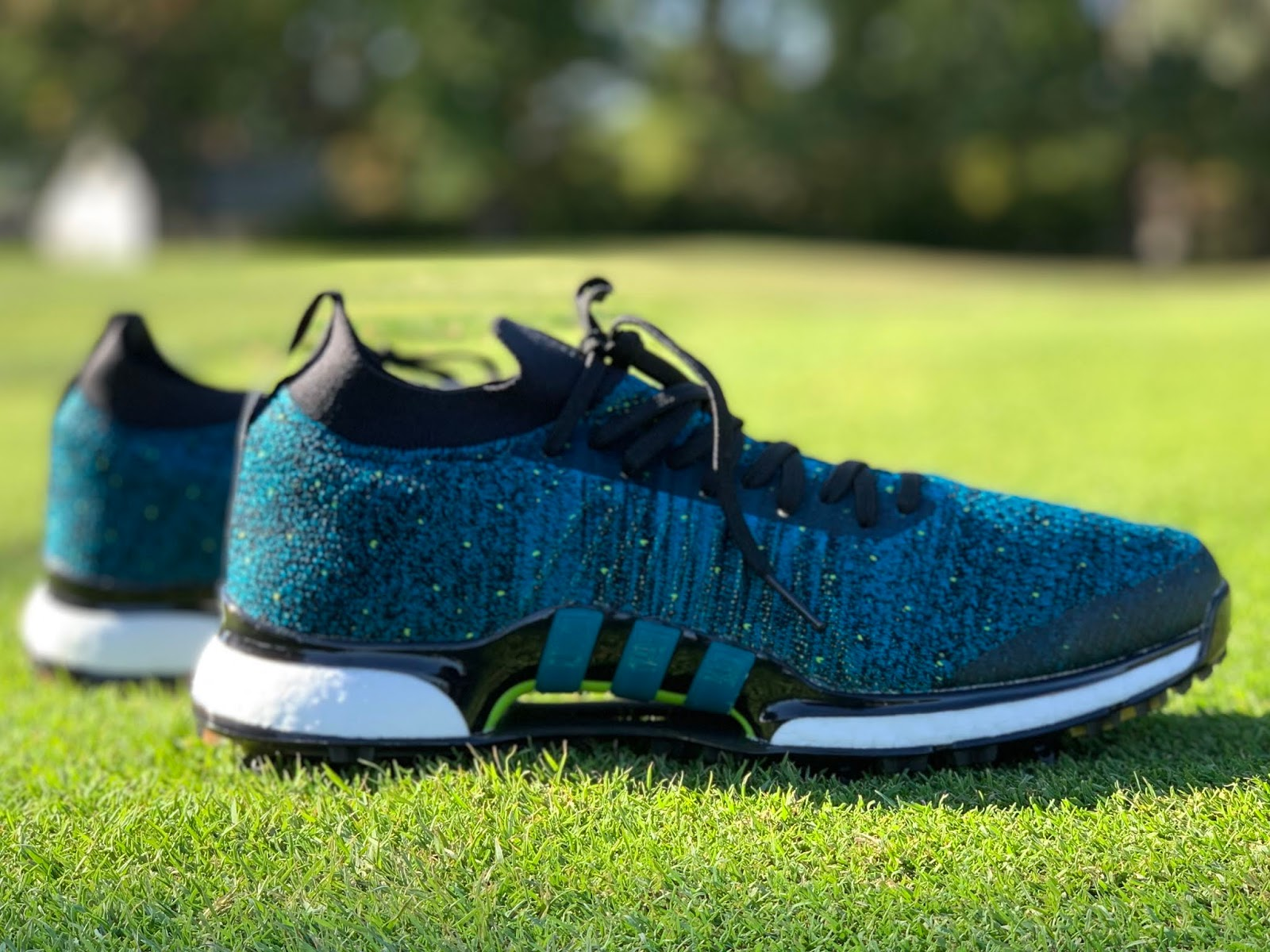 riqueza Opcional algo  The #1 Writer in Golf: Adidas Golf Tour360 XT Primeknit Shoes Review: King  of the Course in Lightweight Comfort and Performance