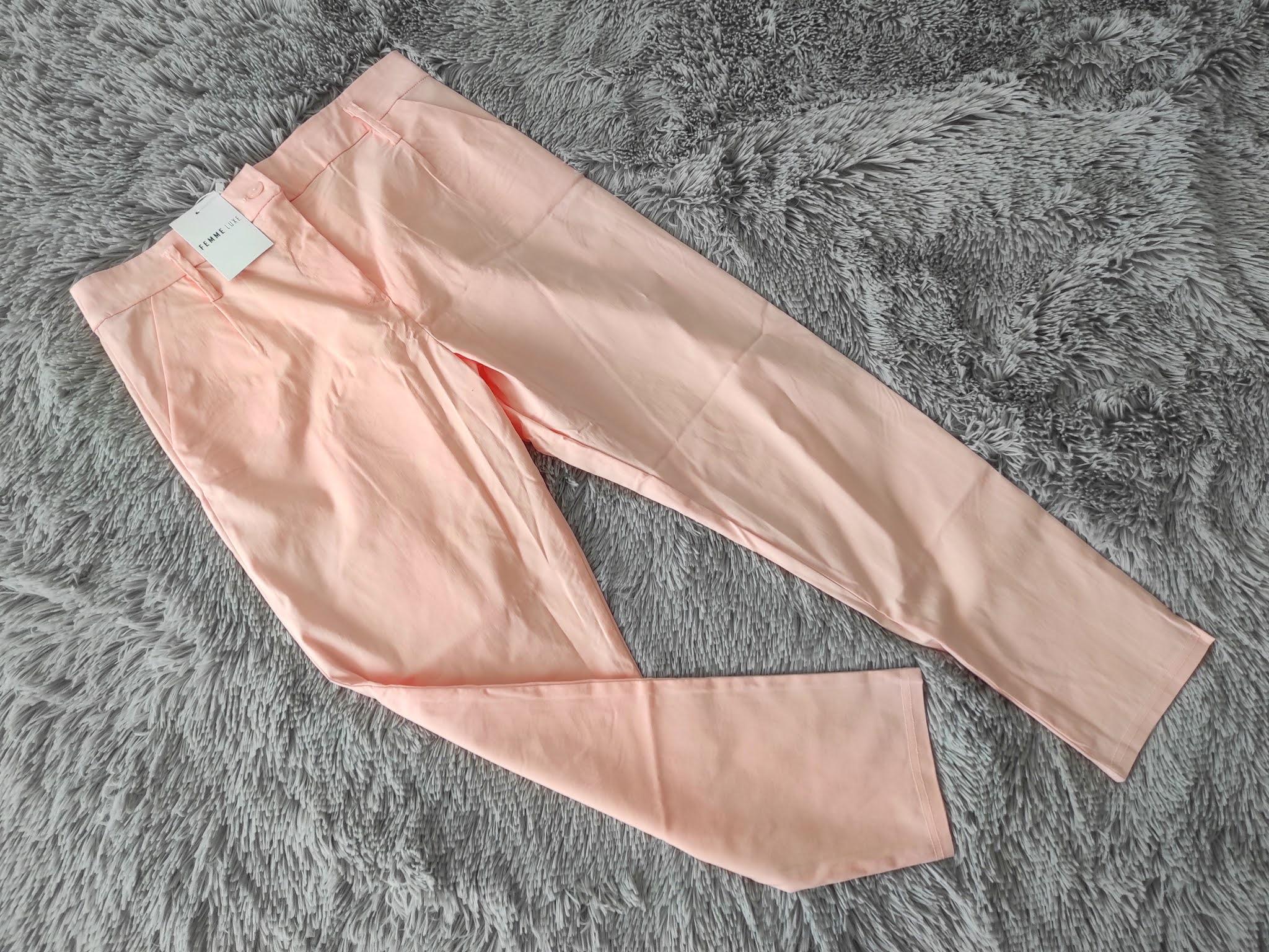 Eleganckie różowe spodnie