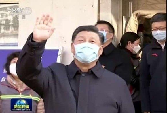 Bắc Kinh chính thức bị phong tỏa, Tập Cận Bình 'bắt buộc' phải lộ diện, đeo khẩu trang thị sát tình hình dịch bệnh