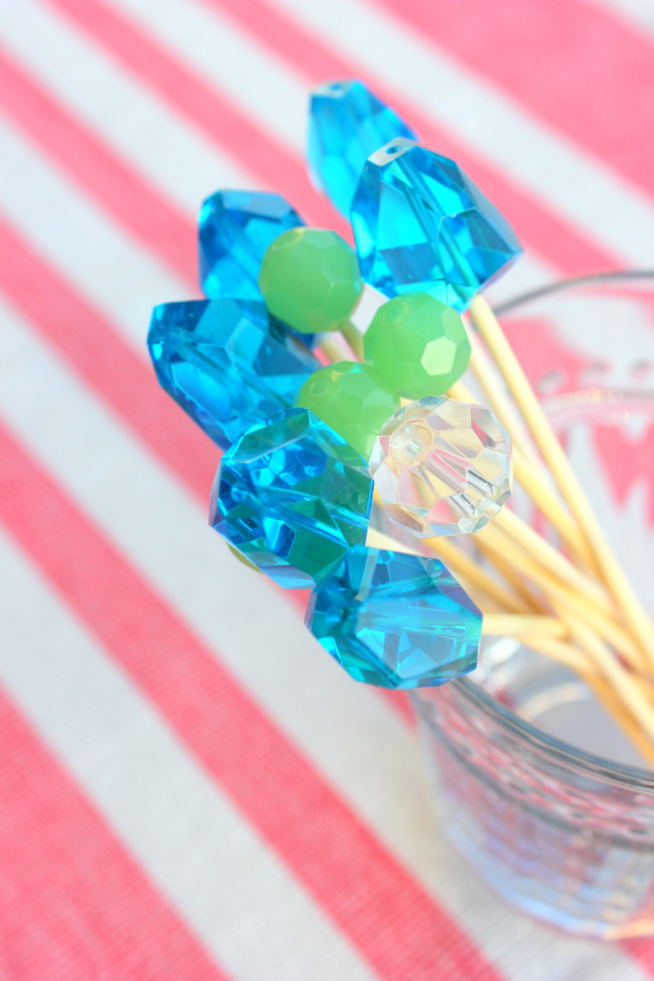 DIY FANCY DRINK STIRRERS - Oh It's Perfect