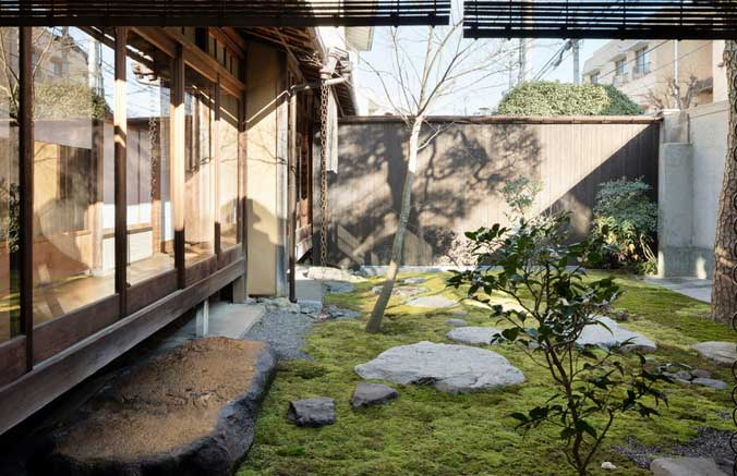 Combination Of Modern And Traditional House In Japanese Style