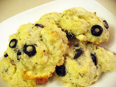 olive and feta scones