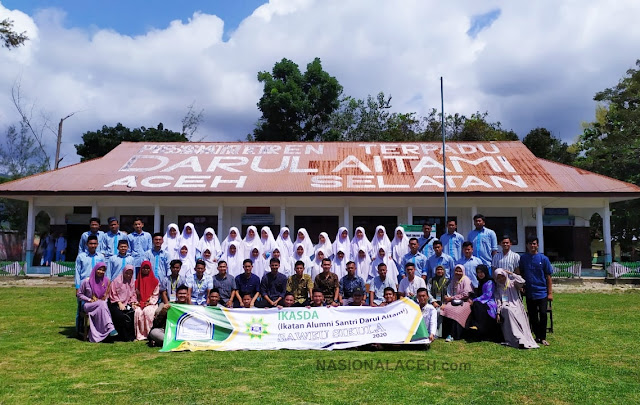 Alumni Santri Darul Aitami Aceh Selatan Gelar Acara Saweu Sikula
