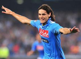 dipaksa mengalah sesudah Edinson Cavani menjebol gawang mereka tiga kali Terkini AC Milan Dibantai Napoli 3-1 Lewat Hat-trick Cavani