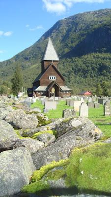 iglesia de madera Noruega
