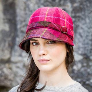 Mucros Magenta Flapper Hat