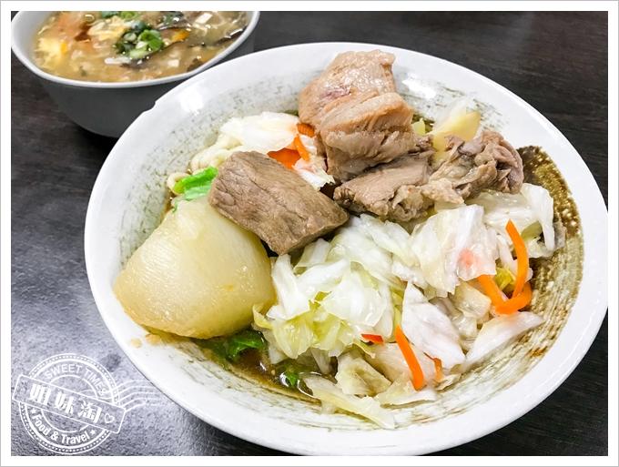 陳家豬肉麵泡菜豬肉麵