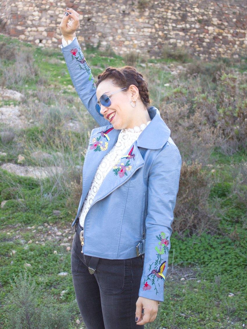 melange_boutique_blog_dresslily_selfportrait_lace_blouse_blue_embroidered_biker_jacket_zaful_braids_hairstyle_aviator_sunglases_zerouve